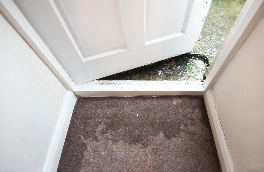 D g ts d 39 eau entretien et nettoyage de drains fran ais drain bouch ou bloqu inspection - Comment deboucher une oreille bouchee par l eau ...